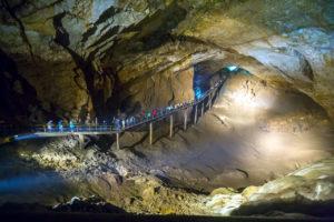 Экскурсия в Ново-Афонскую пещеру от Дома отдыха Питиус в Пицунде, Абхазия